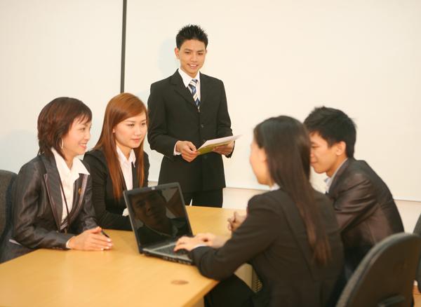 Điều khiển cuộc họp
